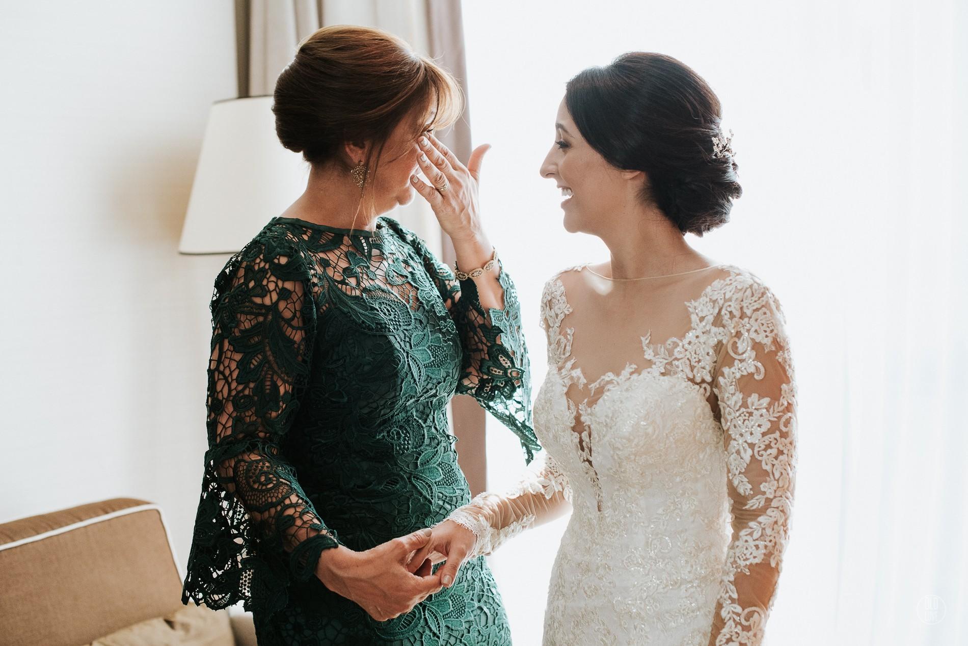 beleza da mãe da noiva e do noivo