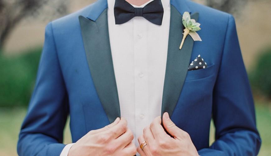 Smoking azul para noivo.