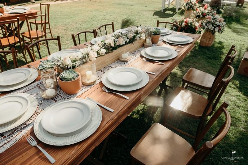 mesa posta decorada para casamento