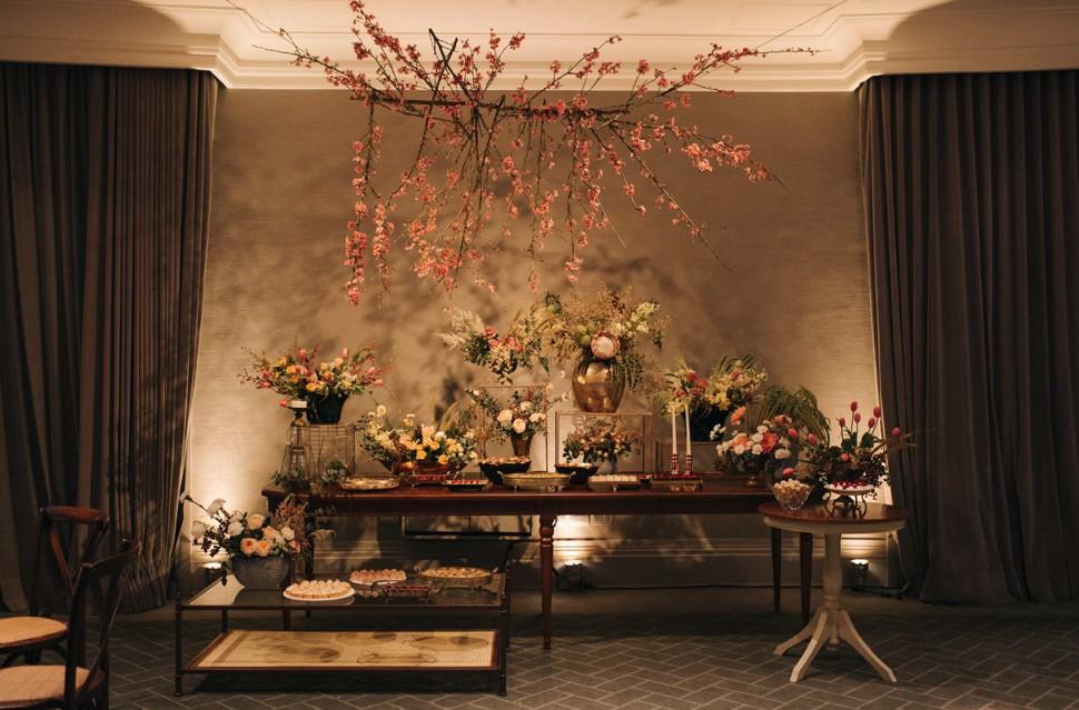 casamento com decoração moderna no Palácio Tangará