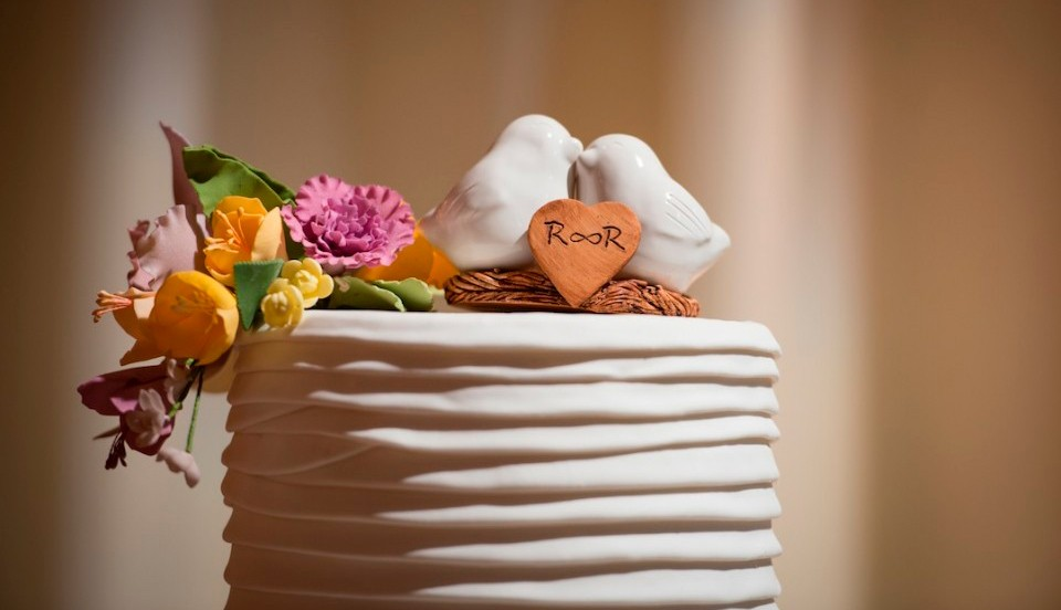 topo de bolo cerâmica branco