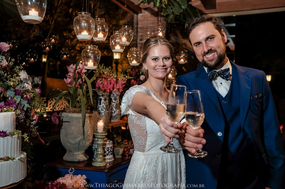 brinde dos noivos na festa de casamento