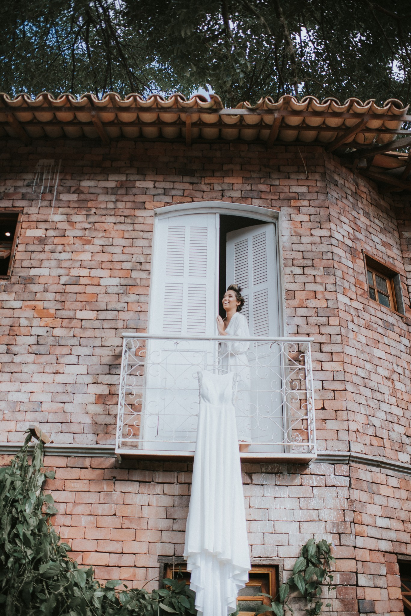 noiva com o vestido antes do casamento
