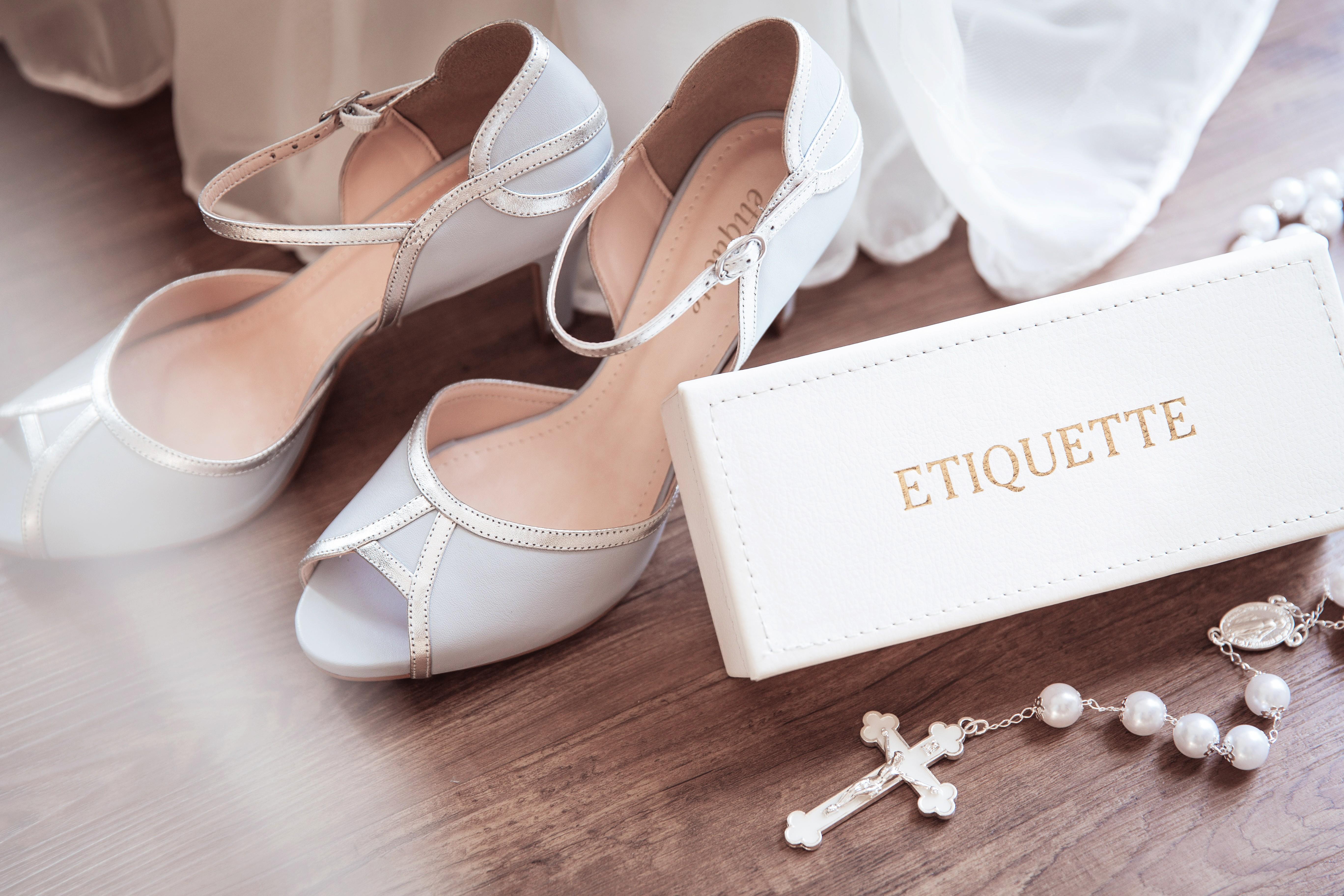 Sapato branco para noiva