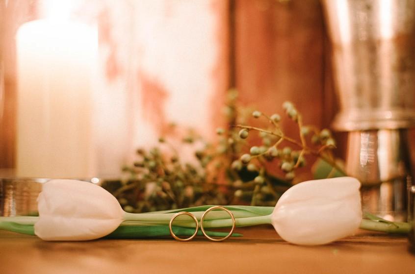 foto das alianças do casamento