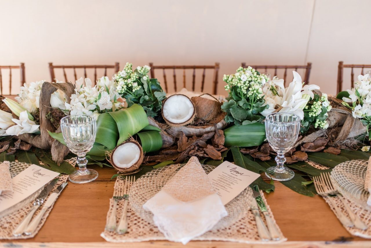 centro de mesa feito com coco