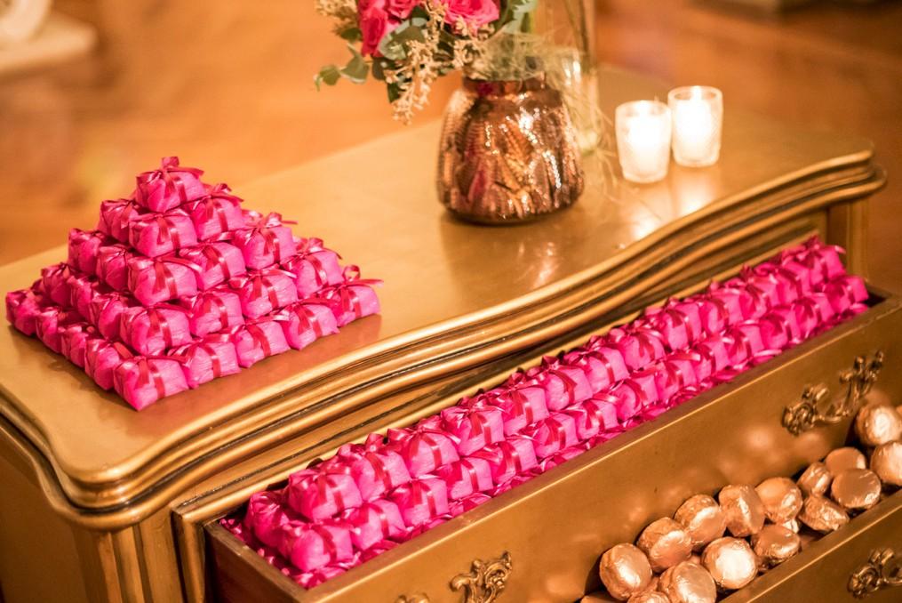 bem-casado com embalagem rosa