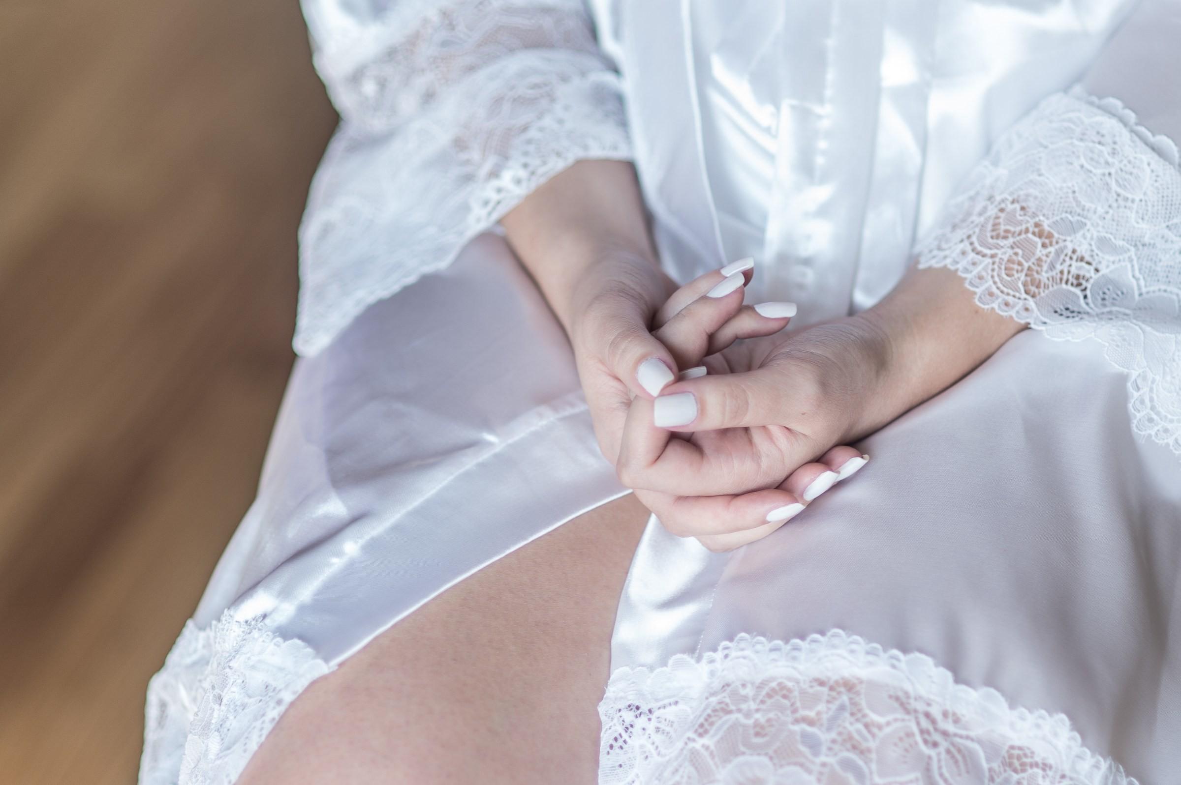 unhas da noiva