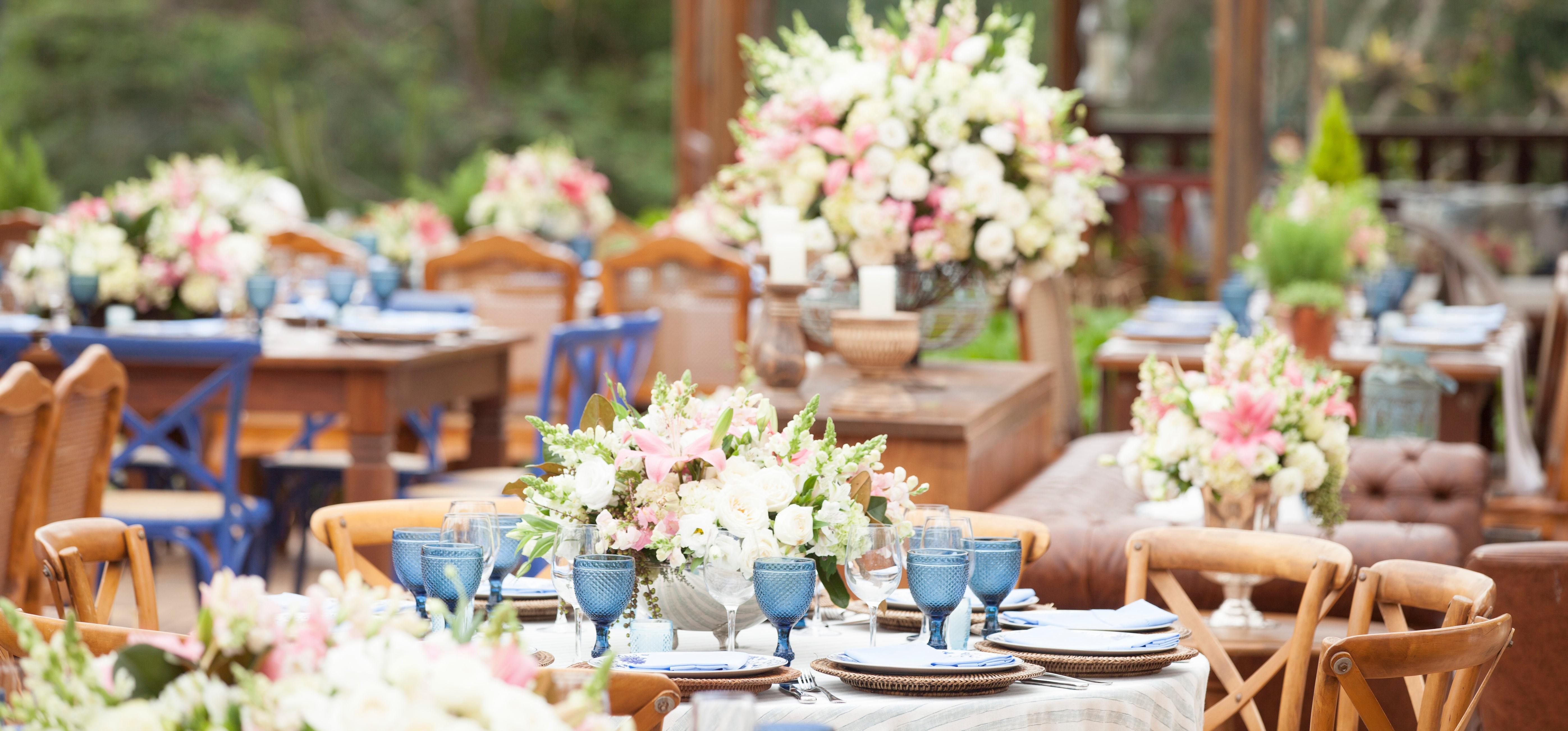 decoração de um casamento no campo