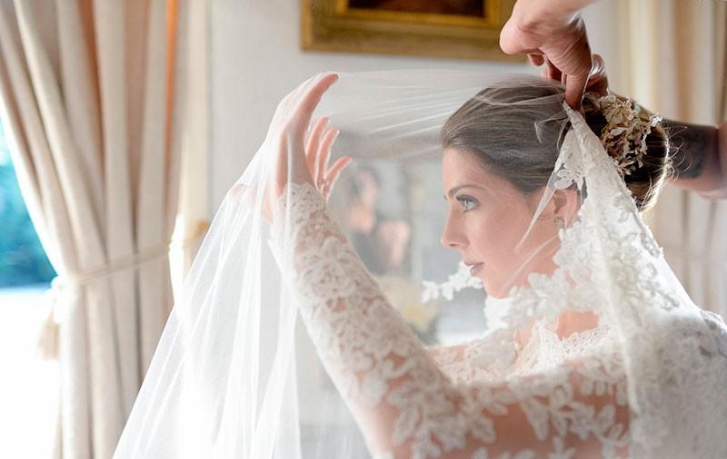Making of da noiva colocando véu