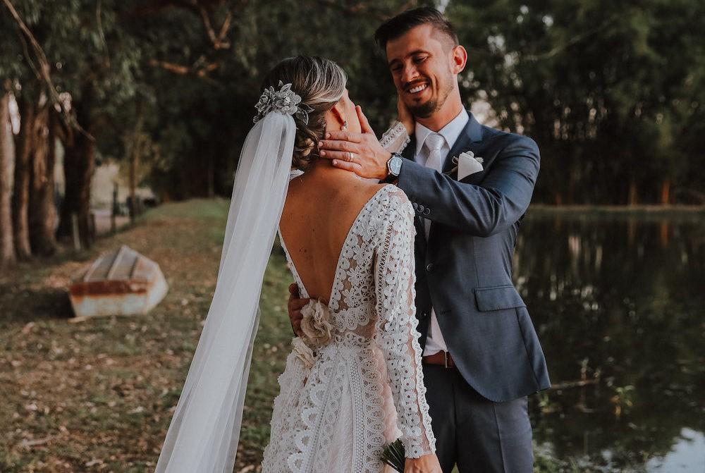 noivos depois da cerimônia