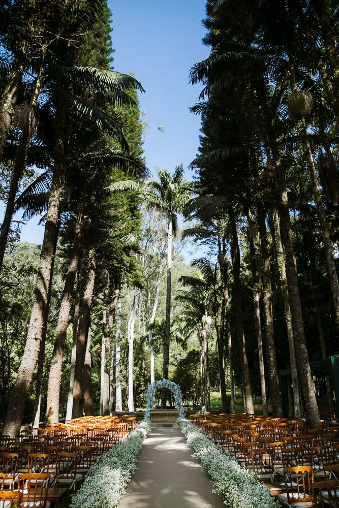 cerimônia ao ar livre na Fazenda Vila Rica