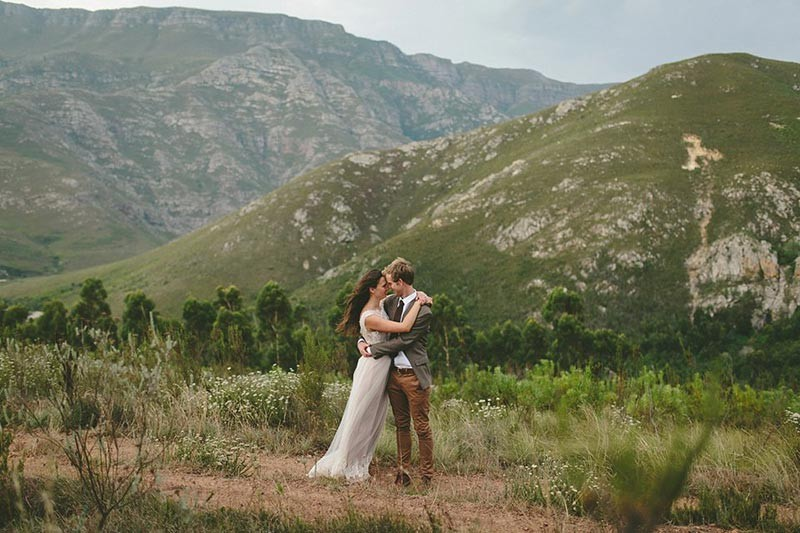 casamento no campo, moderno, miniwedding, vestido de noiva