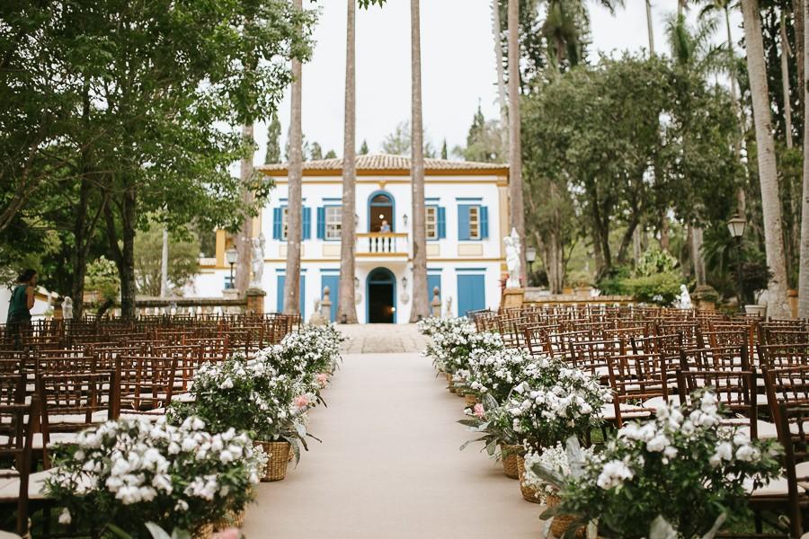 cerimônia de casamento no campo